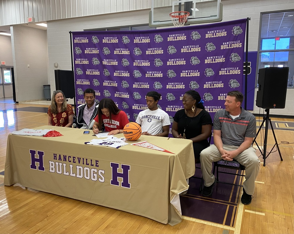 Campbell Signs with Huntingdon